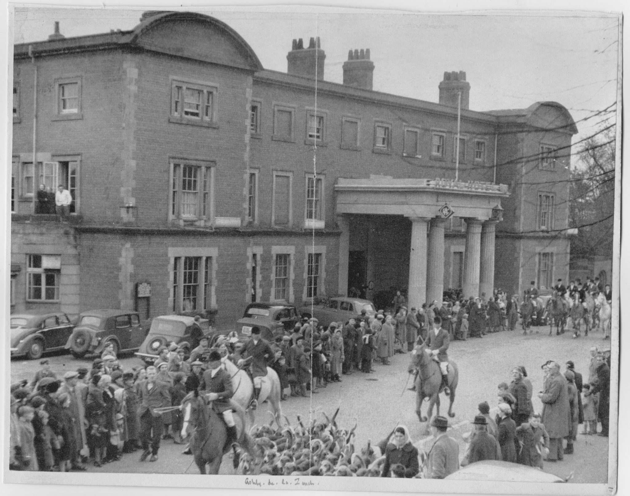 A hunt meeting at Ashby de la Zouche in the 1950s